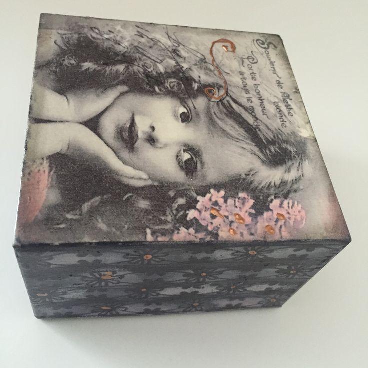 jewlary box 10x10x6,5 cm