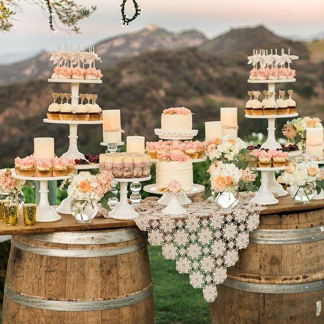 Wedding Desserts Bar Ideas: Best 25+ Tiered Wedding Cake Stands Ideas On Pinterest