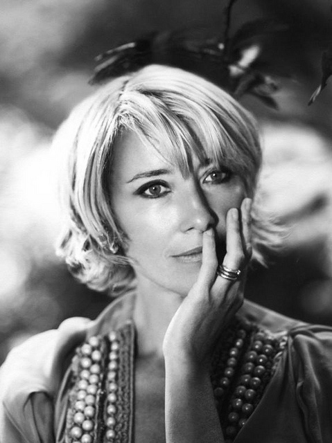 """""""A lot of very beautiful women can be a pain because all they're thinking about is how they look."""" - Emma Thompson."""