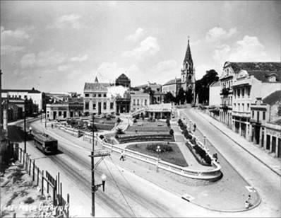 Praça Otávio Rocha, vista da calçada atual das Lojas Renner