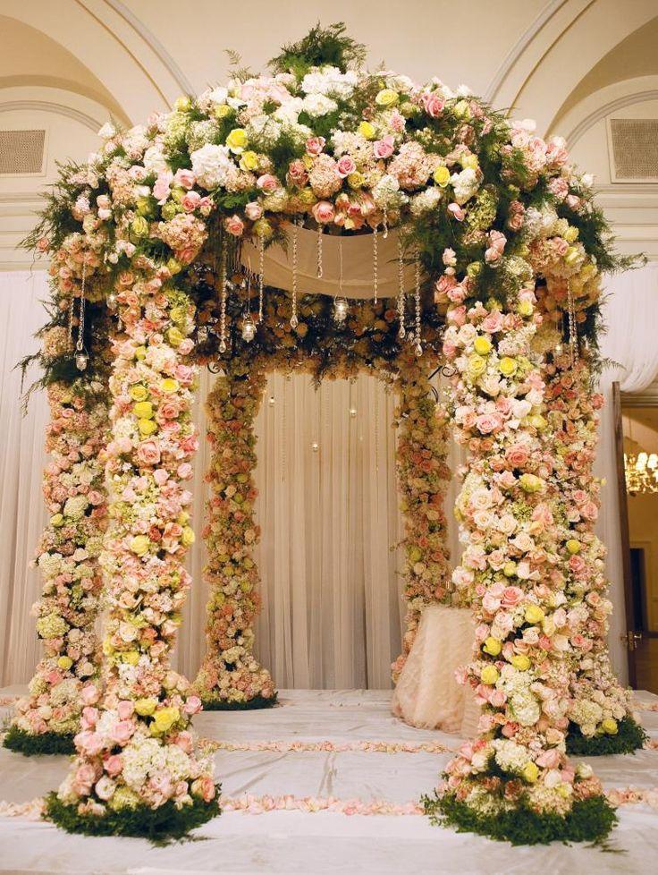 Floral wedding mandap, white mandap, chuppah byTantawan Bloom #wedding #indianwedding