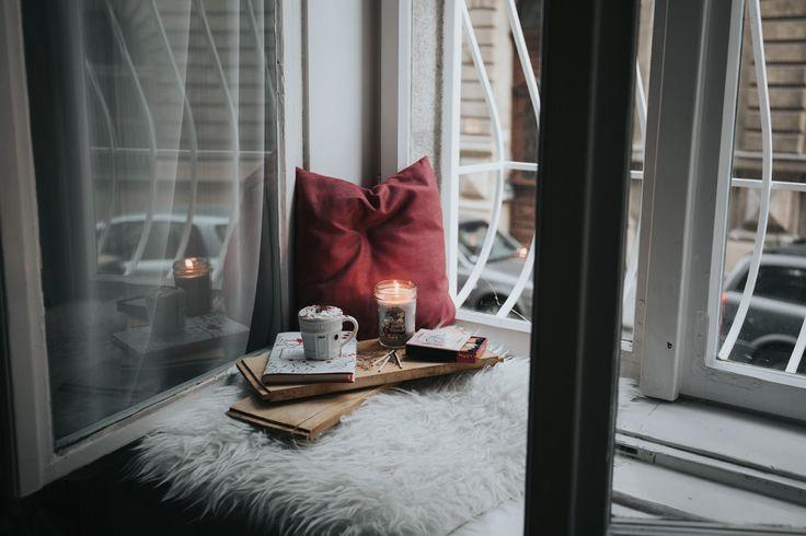 #2 film kijken in je romantisch gestylde tuin of op het balkon.  Ideaal met dit weer!   Check de blog voor meer tips en hoe je dit aanpakt.
