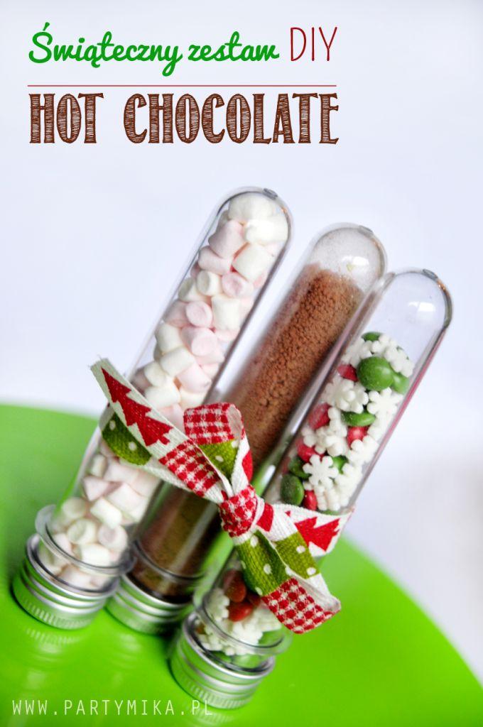 Słodki prezent na Święta? Może zestaw gorąca czekolada z piankami? - partymika
