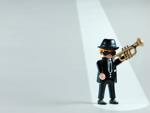 Trumpet: Playmobil© Desktop Wallpaper