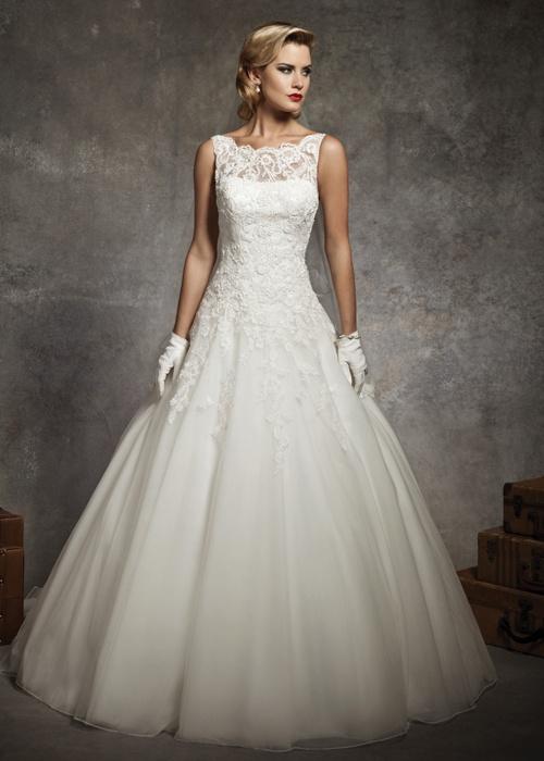 104 best Audrey Hepburn Inspired Wedding images on Pinterest ...