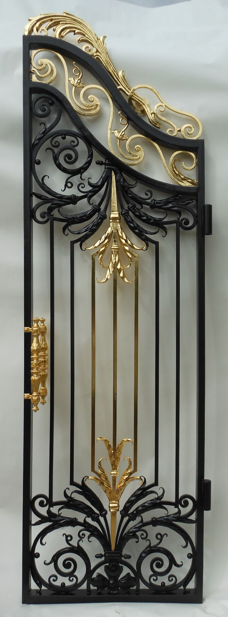 Just finished the complex of grand baroque gates with 2 side doors and 4 finials. One of the doors. 08.2017.