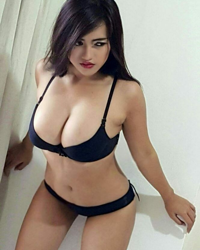 Full face of Vania ayu Indo Girls