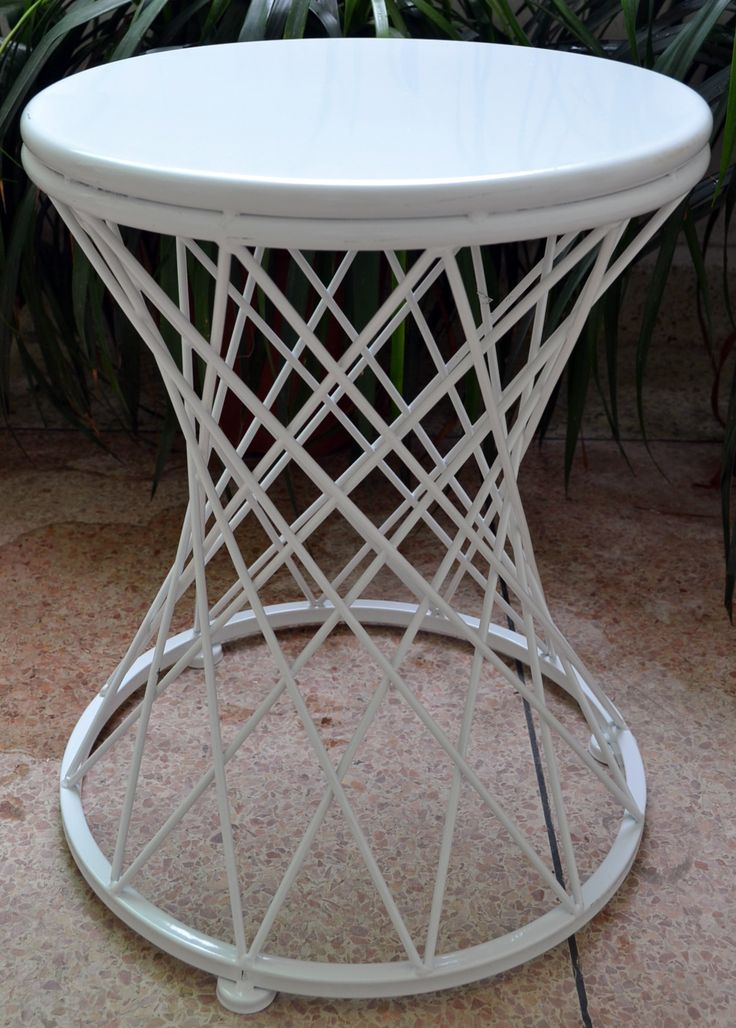 Tower Iron White Table - These beautiful Alpine White iron side tables are both functional and beautiful. The pattern work gives this table a sharp and stylish finish. | #towersidetable  | #alpinewhitesidetable | #whitesidetable | #sidetable | #patterned | #philbee
