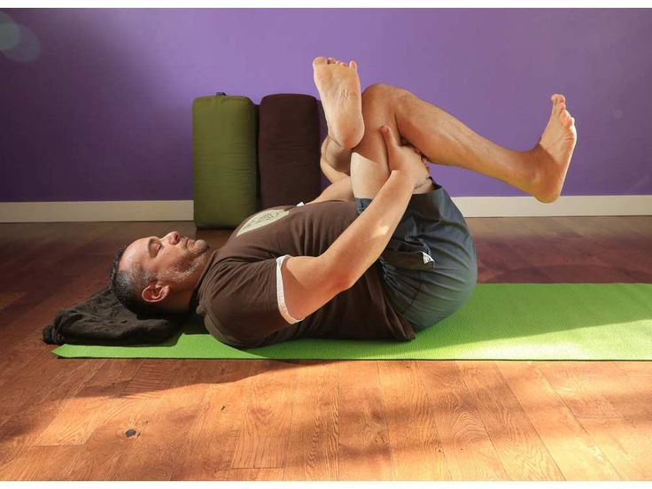 Using yoga for sciatica and back pain relief
