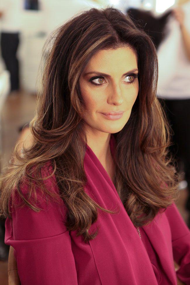 Isabella Fiorentino - cabelos longos, look natural, com ondas nas pontas e muito balanço.