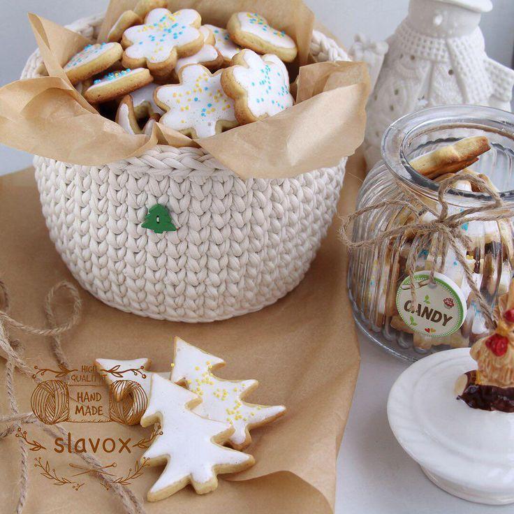 Presente per il nuovo anno può essere un semplice, originale e molto gustoso.  Tali saluti sicuri di essere ricordato.  Biscotti su questa semplice ricetta è davvero gustoso.  Se interessati, scrivere, pubblicare la ricetta nei commenti.  ------------------------------------- ○ cestello interno 17 * 12 cm - 880 p.  ○ Colore - Latte ○ Materiale - 100% Cura ○ Cotone - delicato lavanderia a t30 '-------------------------------- ----- accettare ordini per maglia cesti, tappeti, cuscini…