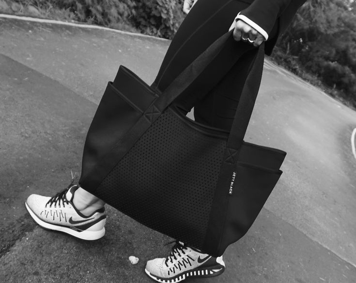 Jett Fuel Carry All.  Stylish Neoprene for Travel & Everyday. #JettBlackJetsetter #SportsLuxe