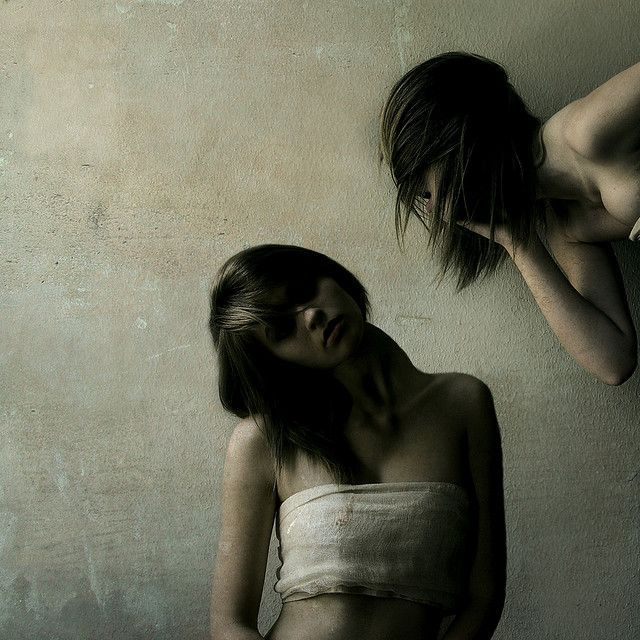 disorganized schizophrenia case study The general criteria for a diagnosis of schizophrenia must be satisified for disorganized schizophrenia the personality of the person before the onset of the schizophrenia is often shy and solitary.