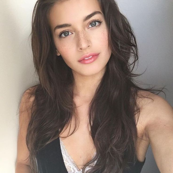 Jessica Clements Fashion Look Looks Beauty Style Face Stylish Girl Lips Hairstyle