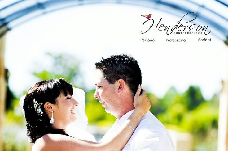 Beautiful wedding photography www.hendersonphotographics.com.au
