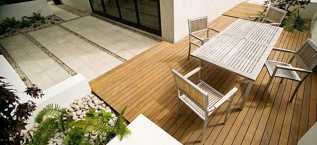 Cool Contemporary Garden by Modular Garden, via Flickr