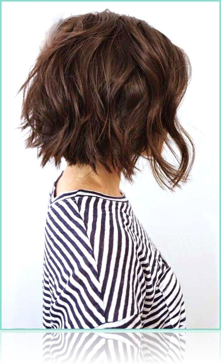 Kurze Frisuren Kinnlang Geschnittener Bob Vorne Bob Frisuren Geschnit Kurze Frisuren Kinnlan Bob Hairstyles For Thick Textured Haircut Wavy Bob Haircuts
