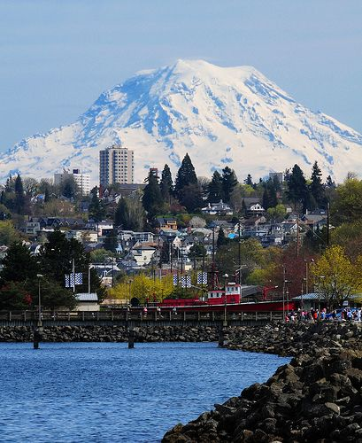 Best Places To Stay Near Seattle Wa: Mt. Rainier Looms Large Over Old Town Tacoma, WA And