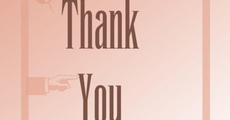 Como expressar sua gratidão em uma nota de agradecimento. Você pode pensar em escrever uma nota de agradecimento por conta de obrigação ou etiqueta, ou você pode sentir um profundo desejo de expressar sua gratidão pela bondade e generosidade de alguém. Sente-se em silêncio por um minuto ou dois e reúna seus pensamentos quanto ao motivo de sua gratidão e sobre a pessoa que receberá sua nota de ...