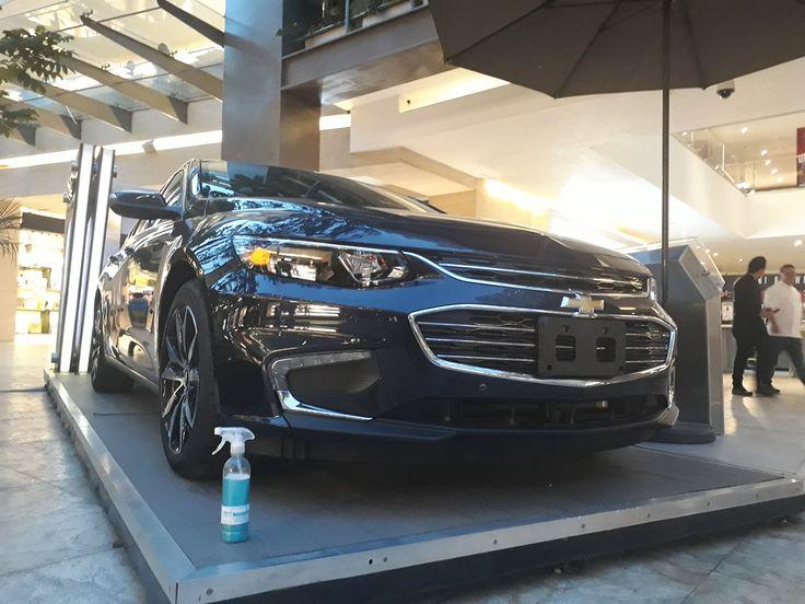 El #Chevrolet MALIBU brilla de manera espectacular !!! en la exhibición del nuevo coche, recuerda con Magic Clean Car limpia y encera todo de una vez, sin utilizar una gota de agua, ahorrando además tiempo y dinero #lavasinagua #lavaenseco