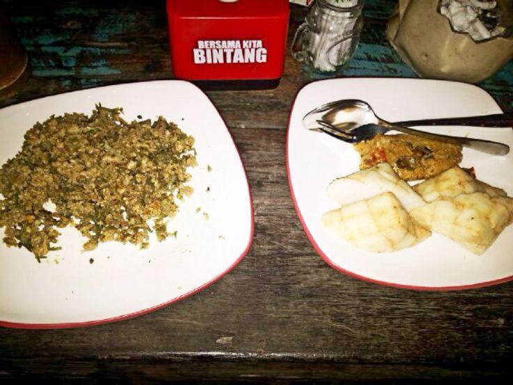 Special Balinese Food only at Sanur Garage ( Lawar Rumput Laut )