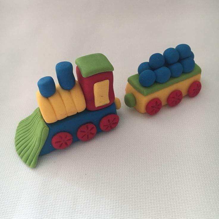 Train fondant figurine