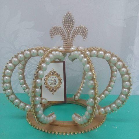 Coroa de MDF em 3D para topo de bolo.Do Ateliê D'Luxo em Caruaru direto para…