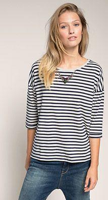 Weiches Boxy-Shirt mit Schmuckkettchen. SweatshirtOnline ShopsHerrinWomanTee  ...