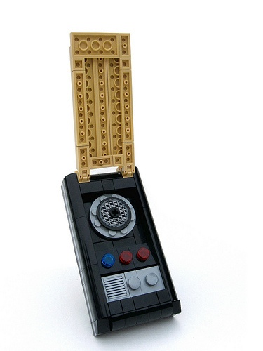 As a child I never thought I was going to be so geeky as to pin a Lego Star Trek communicator, and yet, here I am. And I'm ok with that.