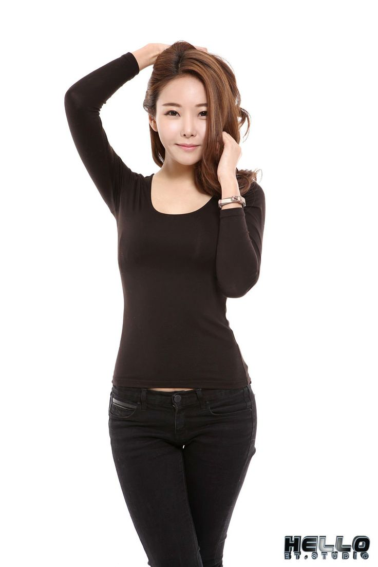 Lee Da-Hee 이다희 for 4 different outfits - Gravure-Idols.com