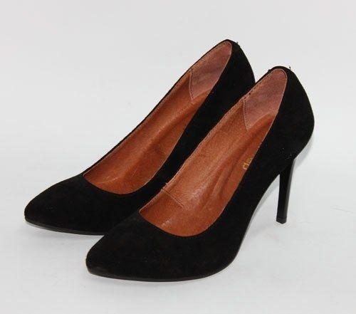 Черные замшевые туфли-лодочки