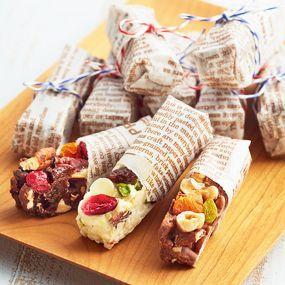 片手で食べれるチョコバーは差し入れにぴったり! シュガーレスのチョコレートとナッツ、フルーツで栄養も満点です!