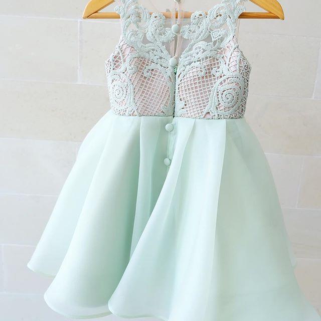---Olivia dress--- #welovesdetails #thankyoufortrusting #honeybeekids #happychildren #honeybee_kids
