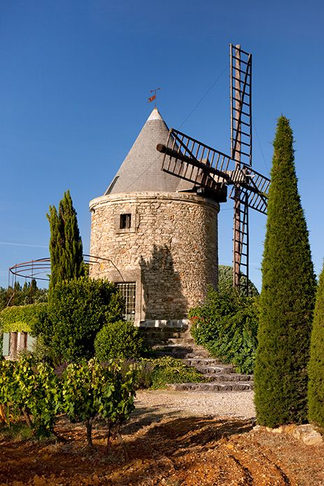 Windmill home near Gordes France Web: http://pateltravel.com/ Email: info@pateltravel.com