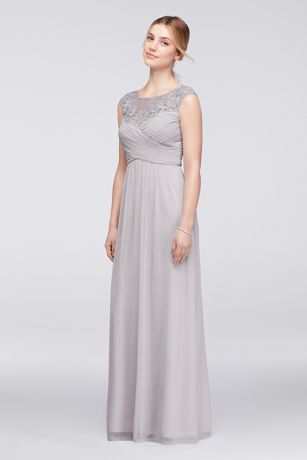 Light-as-air mesh is the perfect fabric for a big-night dress because it\'s as comfortable as it is elegant. This cap-sleeve pleated mesh gown is beautifully embellished with a lace illusion neckline