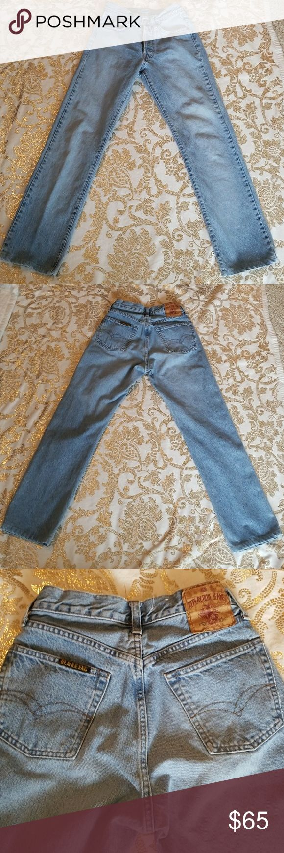 REPLAY JEANS VINTAGE 1990S High end Made in Italy buttonfly denim  Rise 10 Length 38 Inseam 29 Waist circumference 26 Replay Jeans