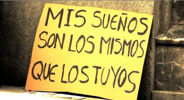 Un grupo de creativos españoles empezaron un proyecto para hacer llegar el mensaje de las personas en situación de pobreza a una sociedad que muchas veces se hace de la vista gorda al ignorarlos.