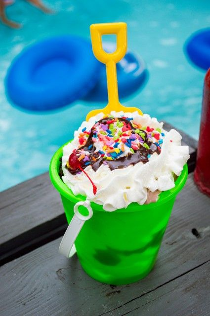 Dining Recommendations (and warnings) for Blizzard Beach and Typhoon Lagoon #WaltDisneyWorldVacations