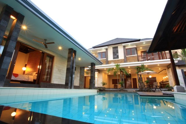 A spacious family villa in Canggu area... A must see property...! Have a look at our website and dont' forget to follow our Twitter @AvailableCheap or our Facebook Page https://www.facebook.com/pages/Available-Cheap-Rooms/1504066346545729?ref=hl #kuta #bali #accommodation #availablecheaprooms