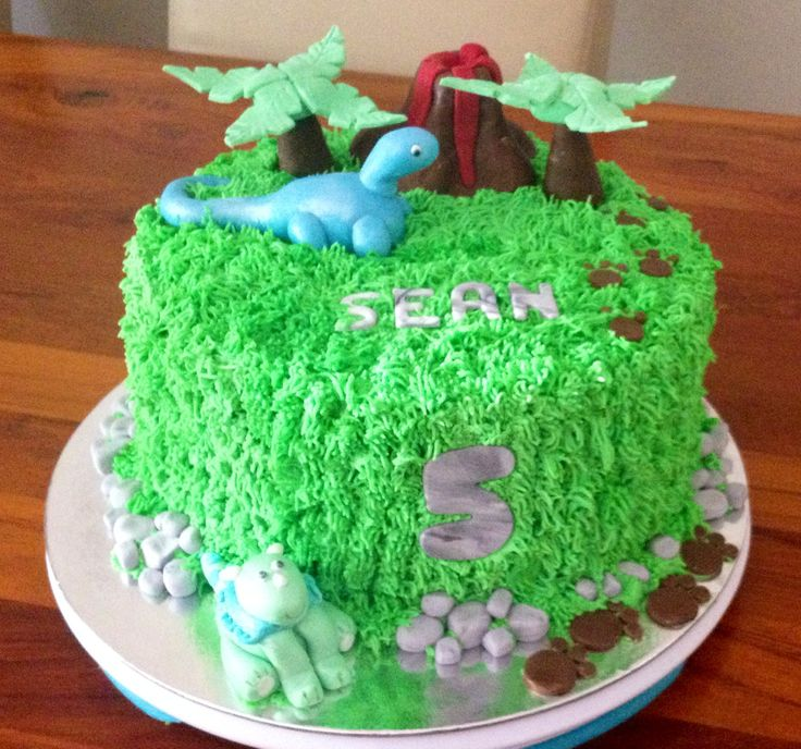 Dinosaur Cake for a little boys 5th birthday