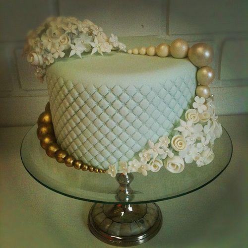 Elegant Chanel cake ministrado em classe... :)