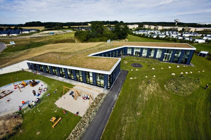 Built by Henning Larsen Architects in Holbaek, Denmark The day care centre has room for 56 children aged 0-3 and 80 children aged 3-6. Situated on the highest point in Bern...