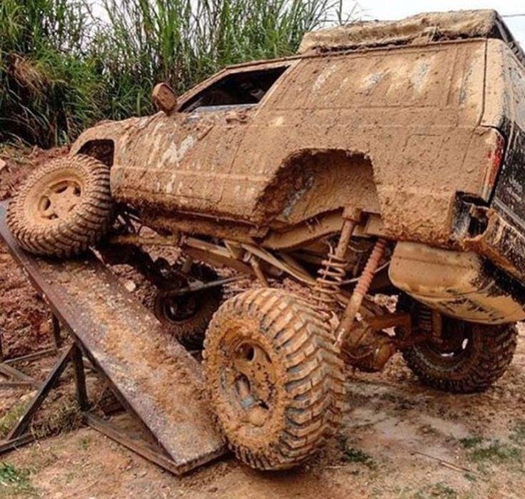 Jeep Mud Flexed