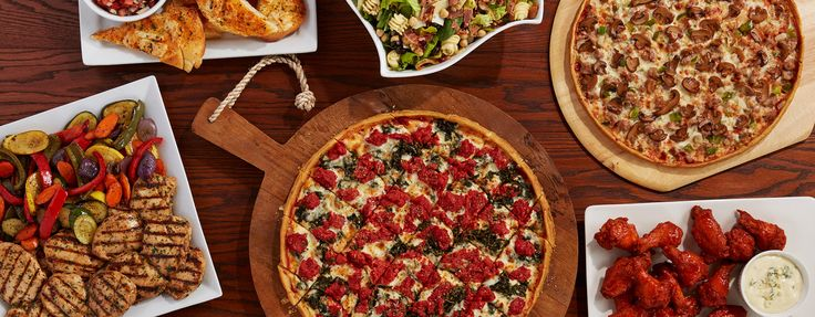 No matter what size your group, Home Run Inn Catering serves our classic family recipes and is the perfect solution for any occasion. Our menu includes everything from our classic Chicago pizzas to our signature salads and entrees. Our experienced…ReadMore›