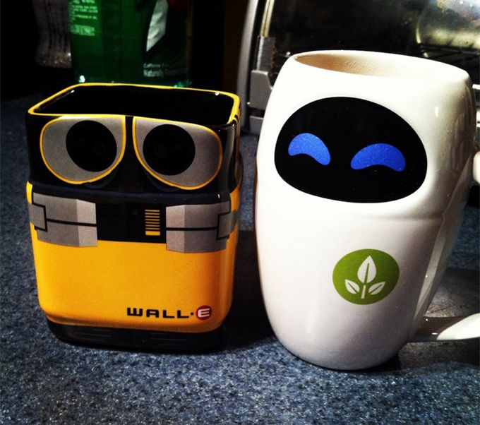 WALL E and Eve Mug Set   Take My Paycheck   Shut up and take my money    The coolest gadgets  electronics  geeky stuff  and more