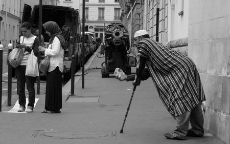 Questa foto è stata scattata a Parigi, nei pressi della moschea. Si tratta di un luogo silenzioso, stranamente calmo rispetto alla più dinamica e rumorosa vita della metropoli #ijf12 #webismobile http://bit.ly/xKDi7G