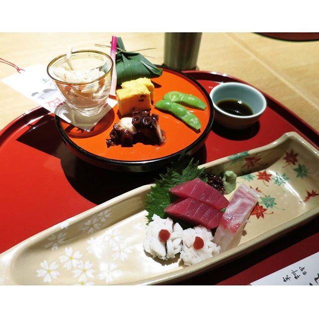 和食の彩り🌿 #京料理 #和食 #懐石料理 #たん熊 #刺身 #夕ごはん #京都 #美味いもんめぐりの旅 #京都めぐりの旅 #kyoto #japanesefood #sashimi 2015.8.3