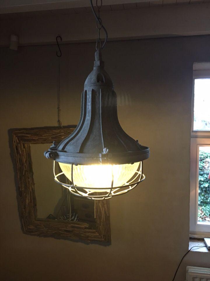 Industriële fabriekslamp www.hetjagershuis.com