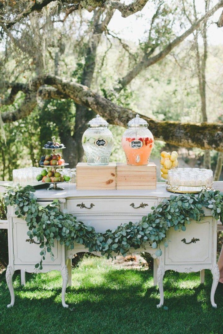 wedding cocktail hour idea; photo: onelove photography