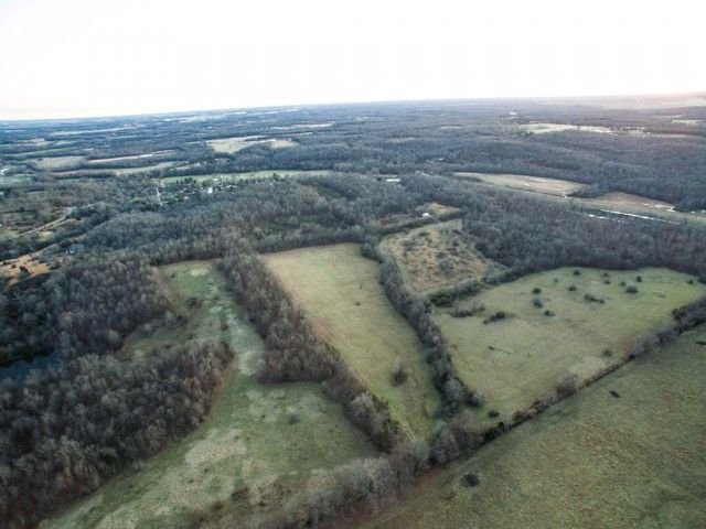 Excellent Cattle Farm Located Between Poplar Bluff And Doniphan In Oxly This Property Has A Well Septic Electric On One Portion Cattle Farming Doniphan Farm